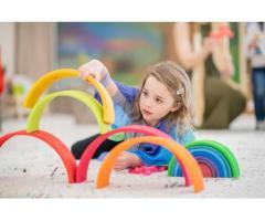 Juguetes Montessori que crecerán con tu hijo