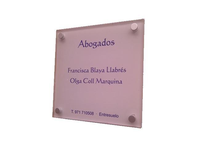 Diseño de una placa identificativa de metacrilato
